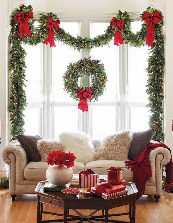 Take down Christmas decoration, as, it is \'Too soon ...
